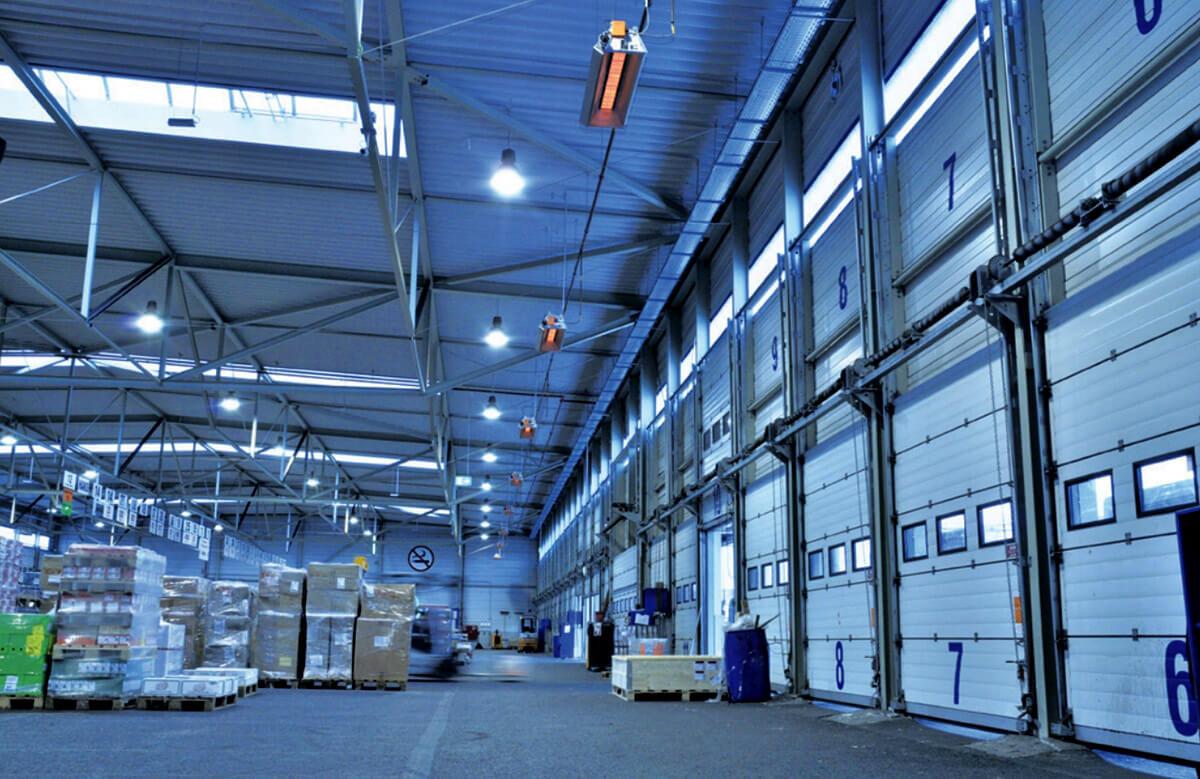 Инфракрасное отопление склада газовыми инфракрасными излучателями светлыми