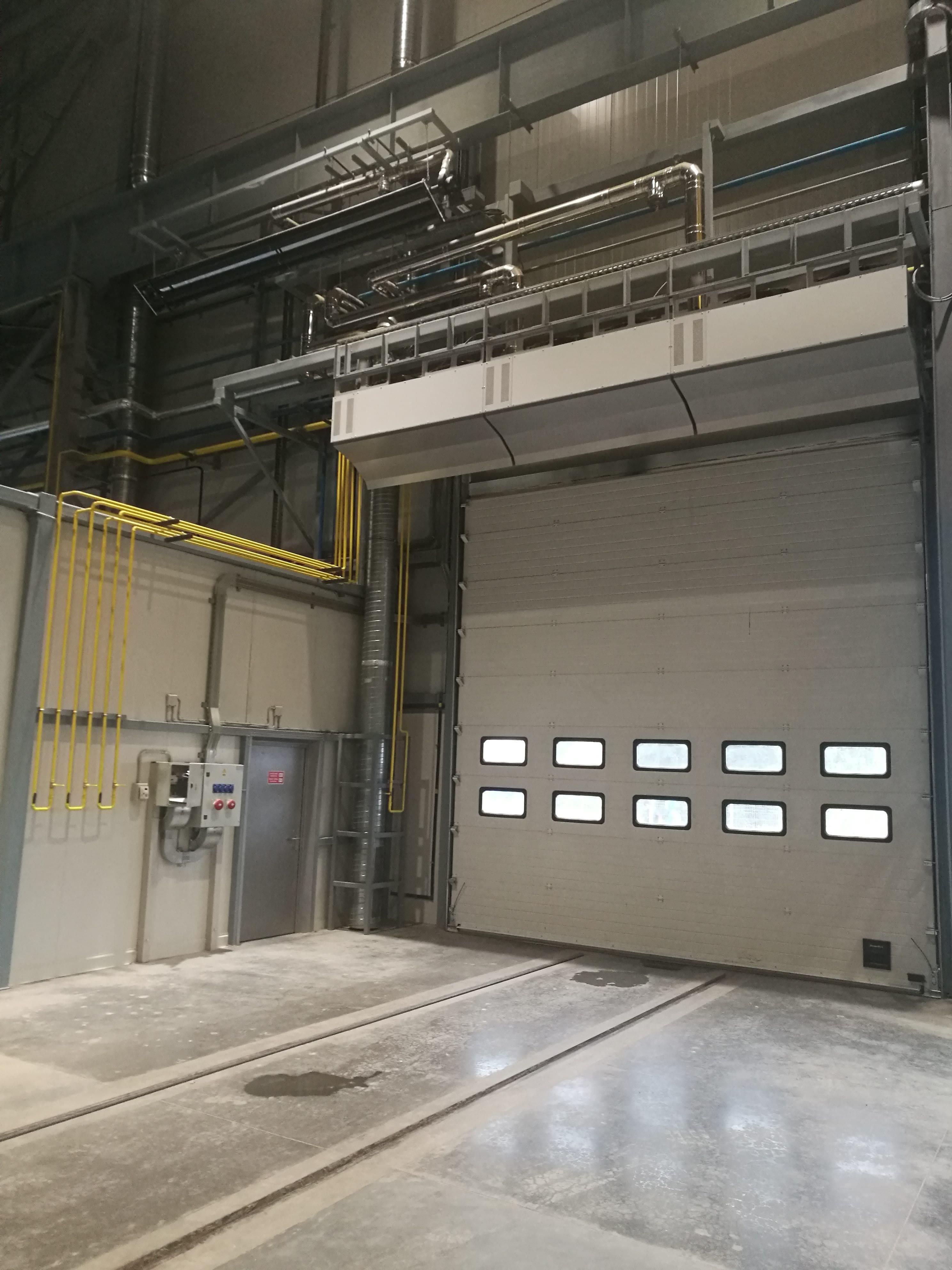 Газовая тепловая завеса YAHTEC